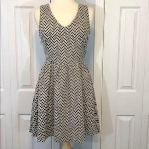 Bar III black and white dress size medium